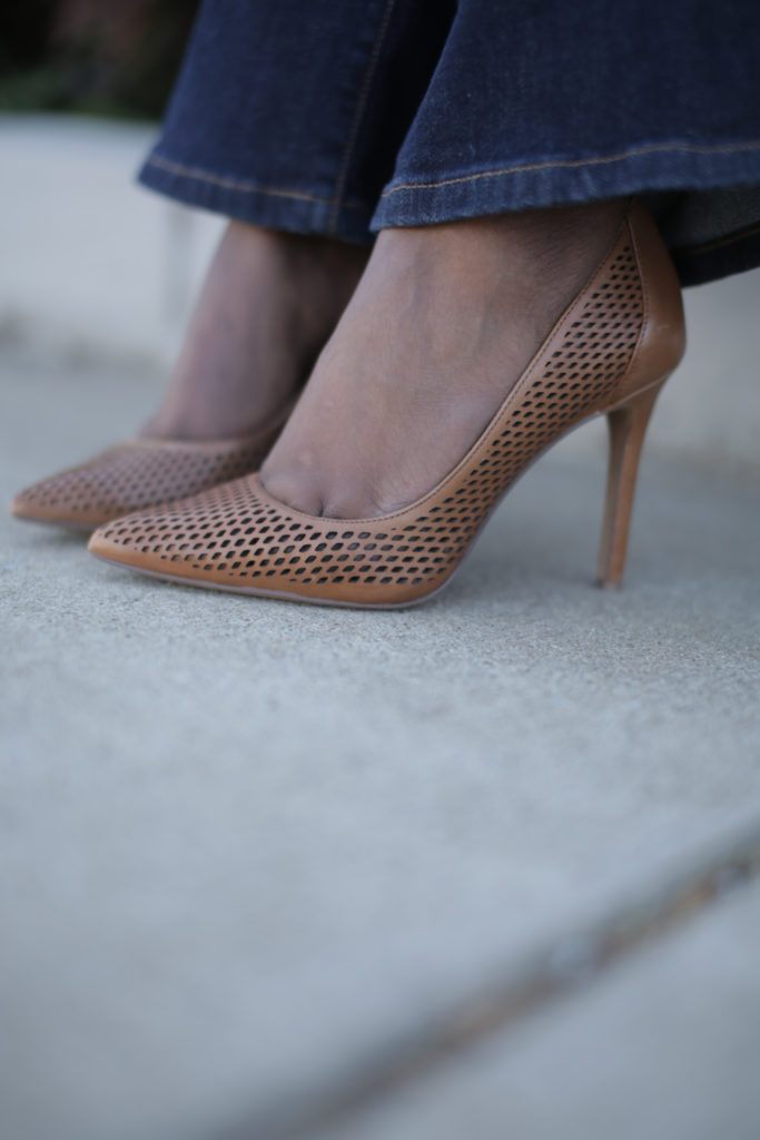 the perfect nude pumps