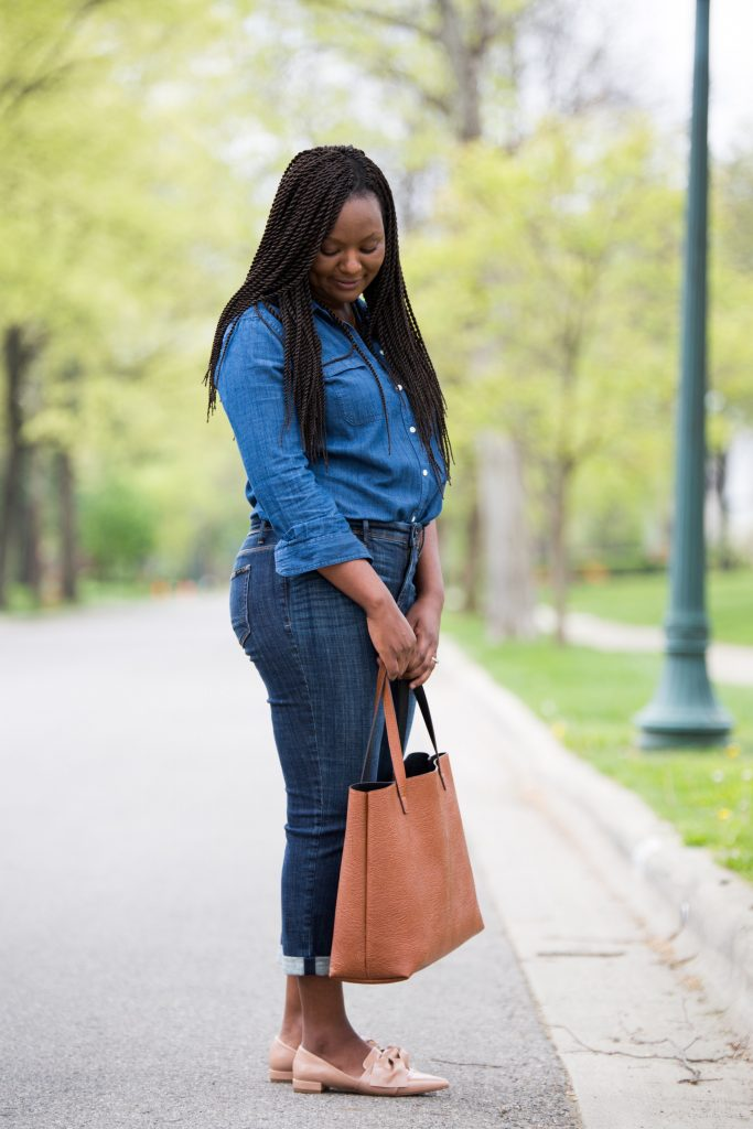 How To Style Girlfriend Jeans by popular Ohio style blogger XO Beverly